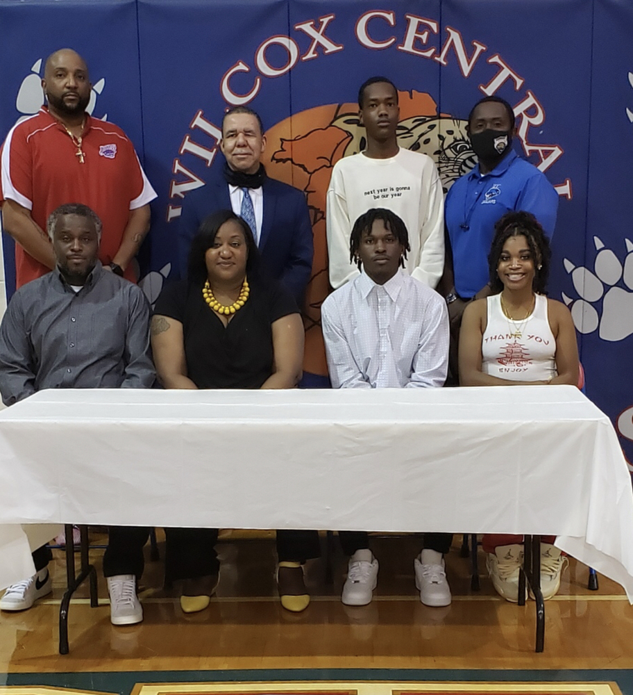 WCHS Senior Walks on to play College Basketball